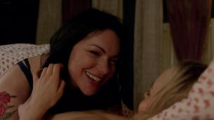 Taylor Schilling nude topless and Laura Prepon not nude lesbian sex - Orange is the New Black (2014) s2e10 hd1080p