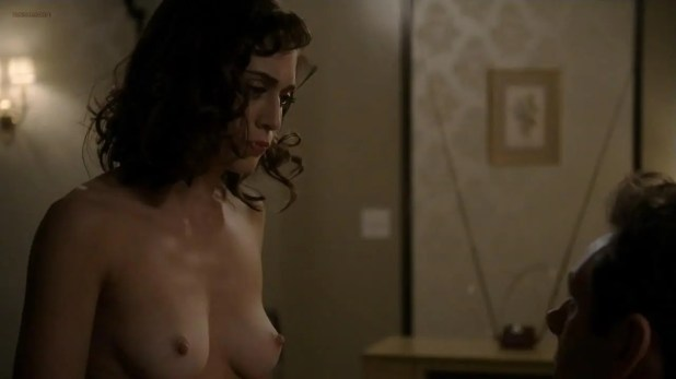 Lizzy Caplan nude topless and butt naked - Masters of Sex (2014) s2e3 hd720p (2)
