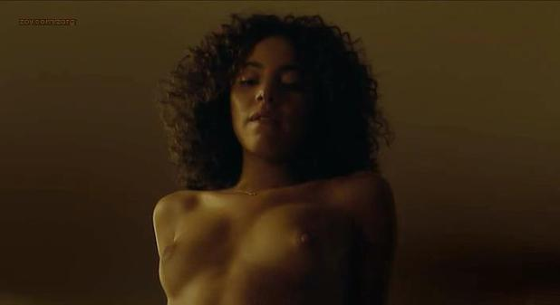 Marine Sainsily nude sex and very hot - Smart Ass (FR-2014) (4)