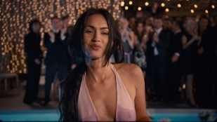 Megan Fox hot wet - How to Lose Friends and Alienate People (2008) HD 1080p BluRay