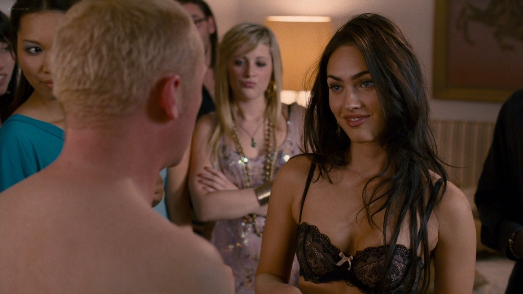 Megan Fox hot wet - How to Lose Friends and Alienate People (2008) HD 1080p BluRay (3)