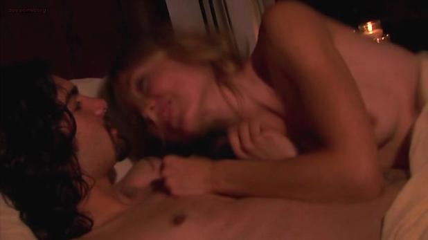 Sarah Carter nude topless - Berkeley (2005) (3)