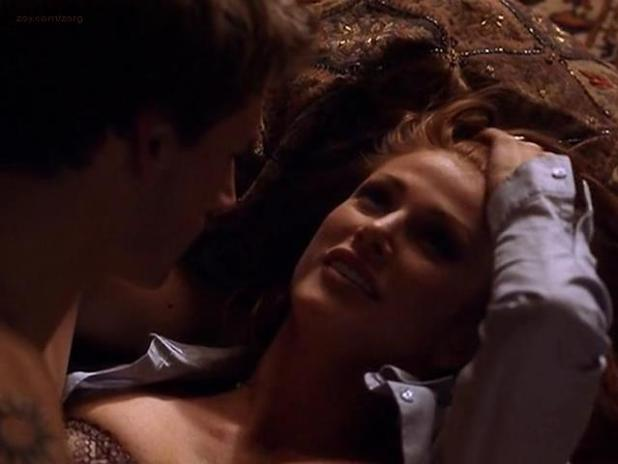 Angie Everhart hot and sexy - Wicked Minds (2002) (8)