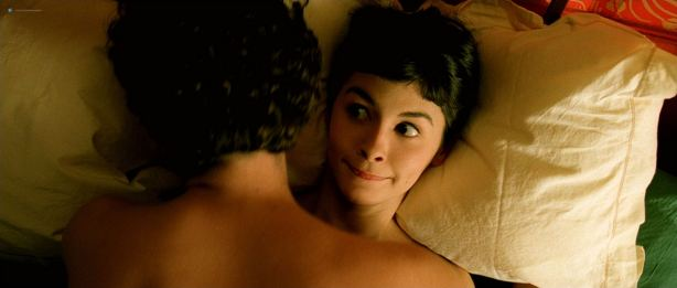 Audrey Tautou hot in lingerie Isis Peyrade nude - Amélie (FR-2001) HD 1080p (20)