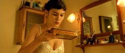 Audrey Tautou hot in lingerie Isis Peyrade nude - Amélie (FR-2001) HD 1080p (10)