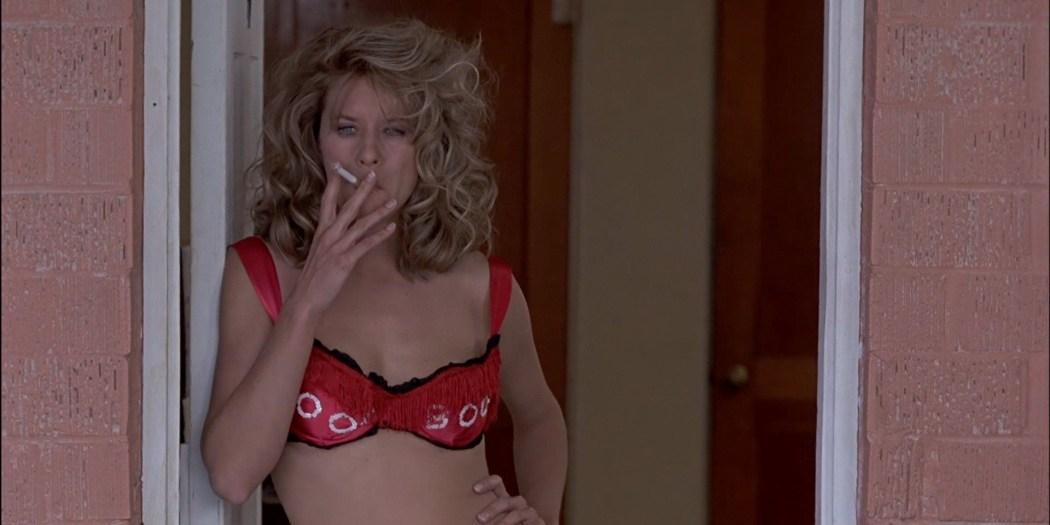 Gwyneth Paltrow nude Meg Ryan and Barbara Alyn Woods nude too - Flesh and Bone (1993) HDTV 1080p (16)