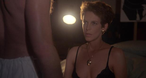 Jamie Lee Curtis hot and sexy - A Fish Called Wanda (1988) hd1080p (1)