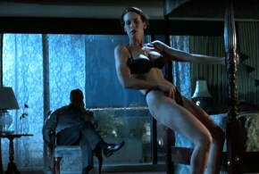 Jamie Lee Curtis hot sexy and funny – True Lies (1994) hd1080p