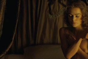 Keira Knightley nude briefly topless and sex – The Duchess (2008) hd720-1080p