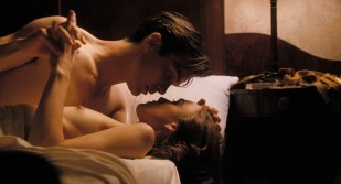 Keira Knightley nude topless and Sienna Miller nude brief butt and boob - The Edge Of Love (2008) hd1080p