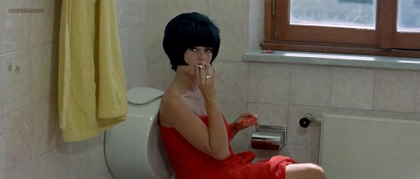 Brigitte Bardot nude butt naked - Le Mépris (FR-1963) (4)