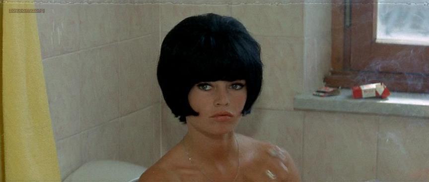 Brigitte Bardot nude butt naked - Le Mépris (FR-1963) (2)