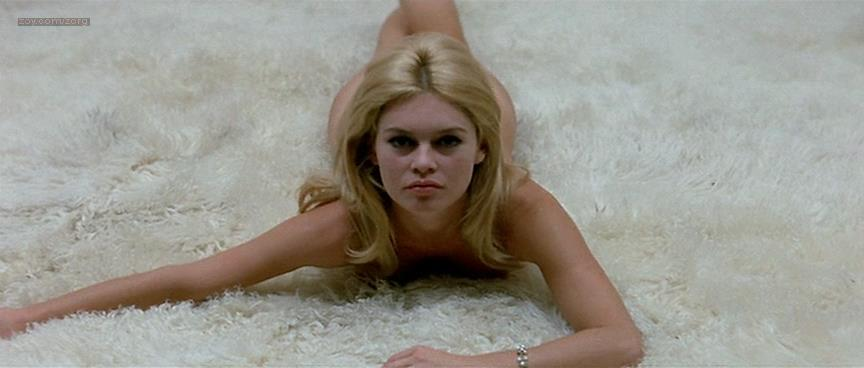 Brigitte Bardot nude butt naked - Le Mépris (FR-1963) (20)