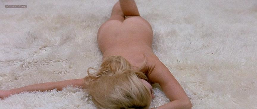 Brigitte Bardot nude butt naked - Le Mépris (FR-1963) (8)