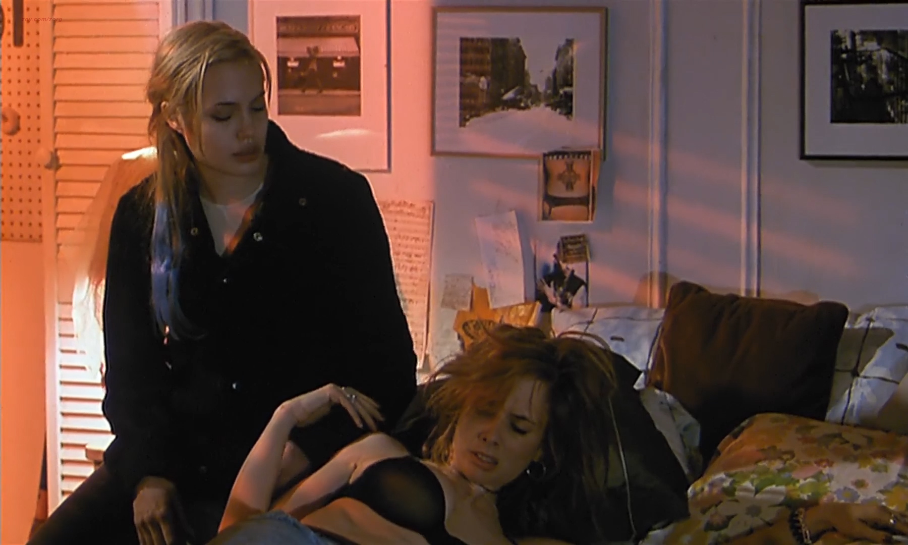 Angelina Jolie nude nipple dirty talks and Rosanna Arquette nude brief topless - Hell' s Kitchen (1998) hdtv1080p (2)
