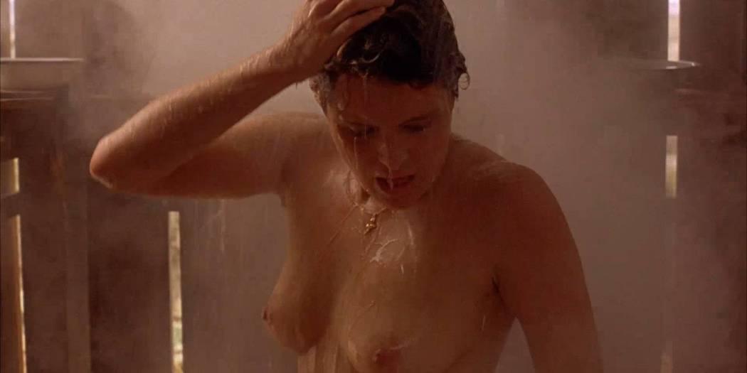 Lumi Cavazos nude full frontal Claudette Maille nude bush and Regina Torné nude topless - Como agua para chocolate (1992) 1080p (11)