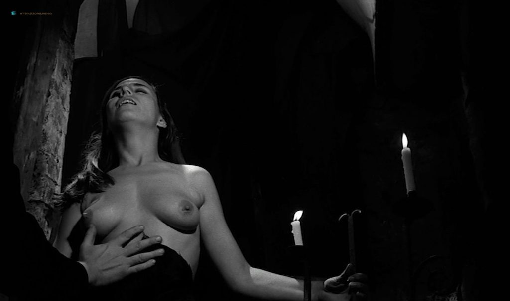 Solange Pradel nude topless skinny dipping and others nude - Le viol du vampire (FR-1968) HD 720p BluRay (20)