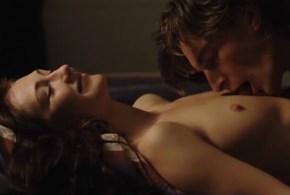 Carice van Houten nude sex Maaike Neuville nude full frontal and others nude –  Ik omhels je met 1000 armen (NL-2006)