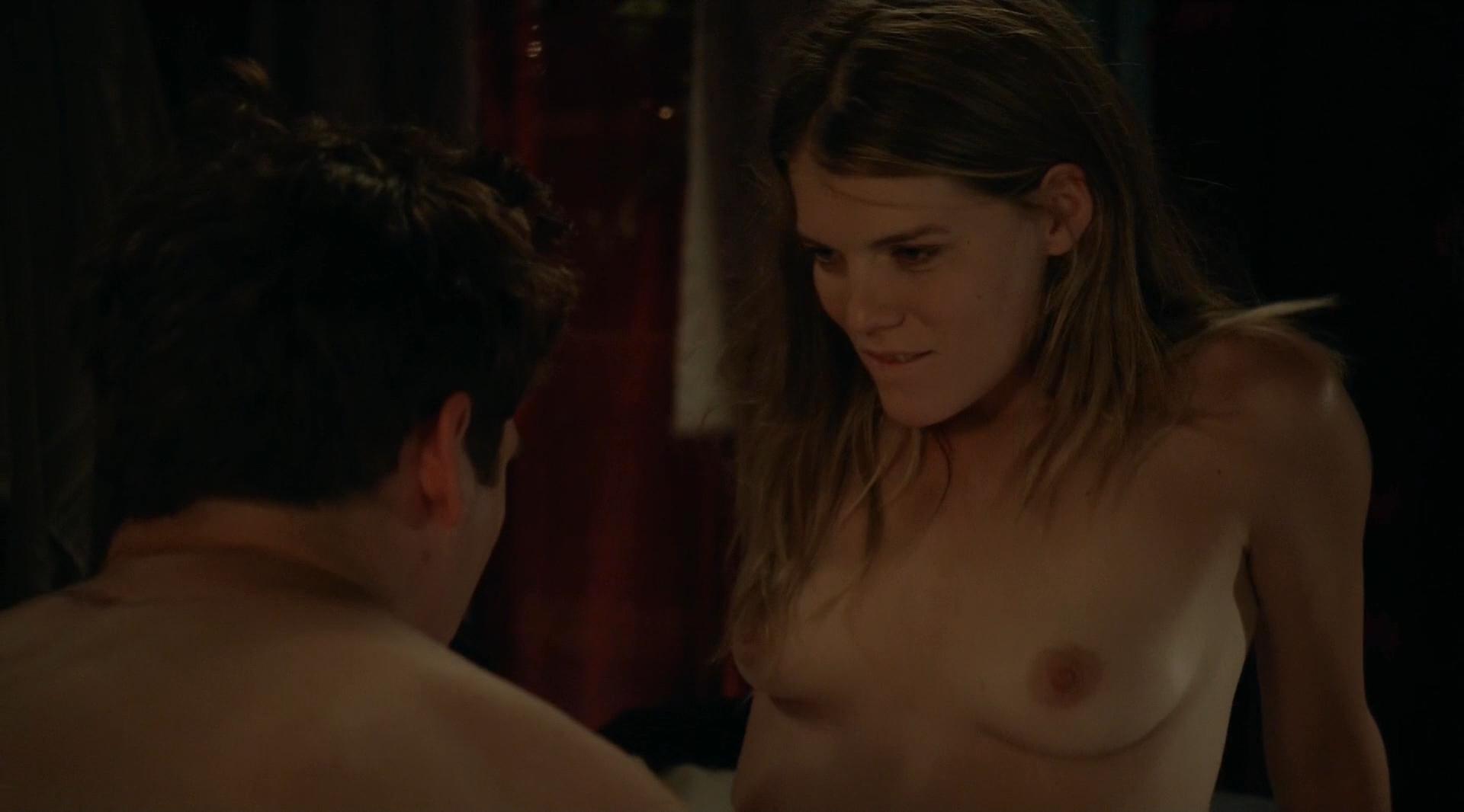 Naomi Watts, Sophie Cookson Nude Gypsy