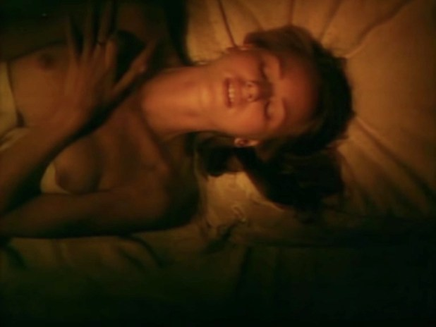 Naomi Watts nude topless and sex - Gross Misconduct (1993) (4)