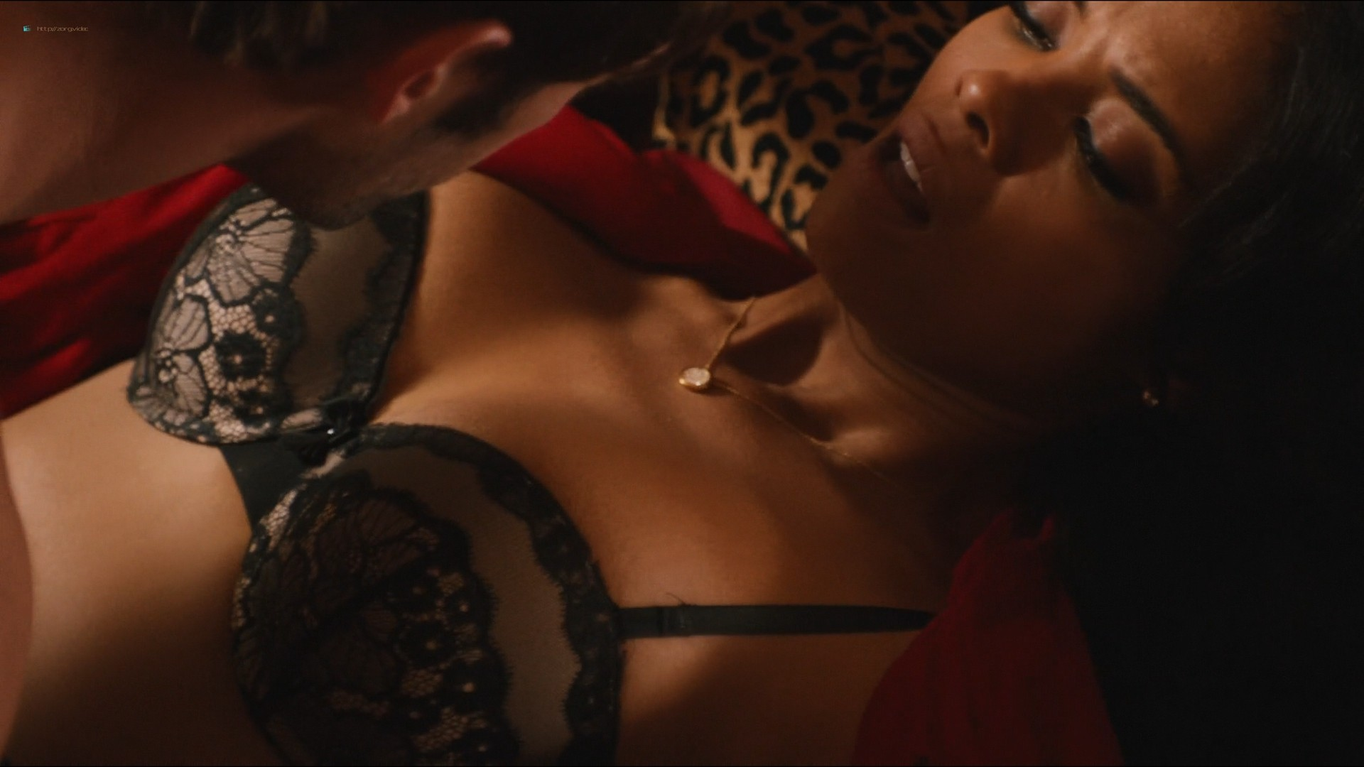 Sharon Leal nude and lot of sex others nude too - Addicted (2014) HD 1080p (14)