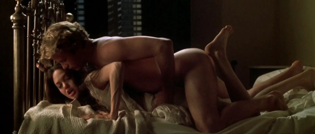 Angelina Jolie nude and hot sex in - Original Sin (2001) hd1080p (9)