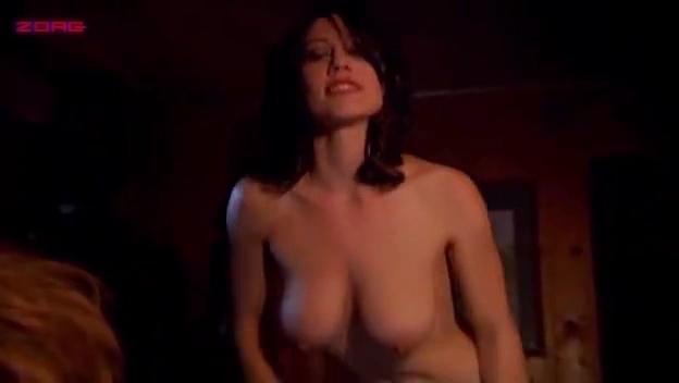 Nackt Luca Danielle De  Danielle De
