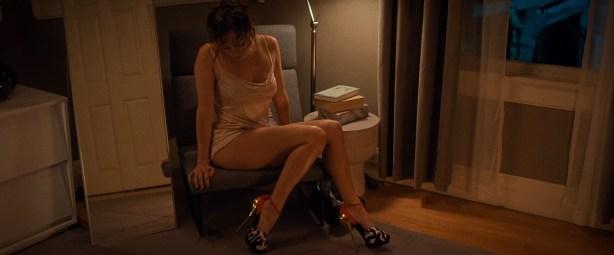 Jennifer Lopez hot in lingerie and sex - The Boy Next Door (2015) hd1080p (5)