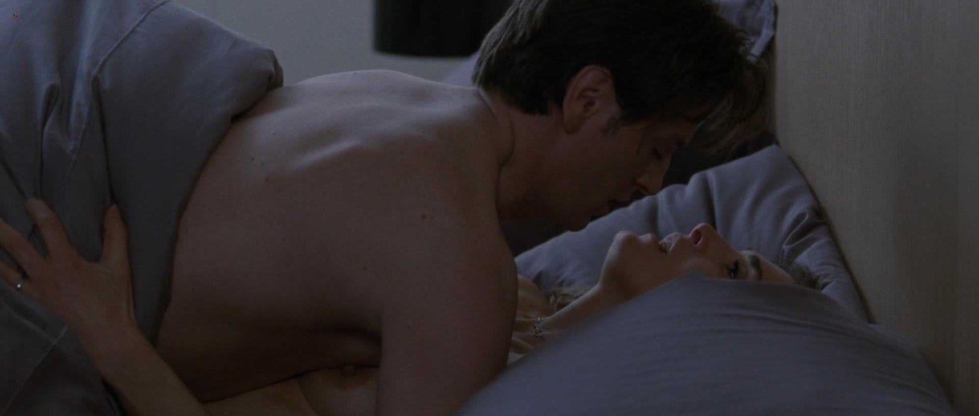 Julie Gayet nude full frontal and sex - Sans Laisser De Traces (FR-2010) hd1080p (6)