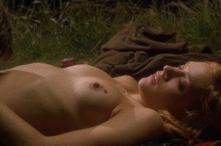Chloë Sevigny nude topless and sex and Hilary Swank nude bush and nipple – Boys Don't Cry (1999) hd1080p