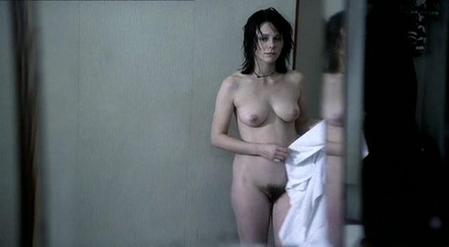 Barbora Bobulova nude full frontal - La spettatrice (IT-2004) (6)