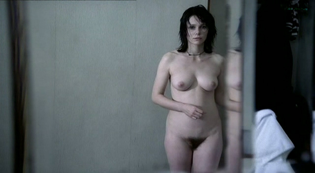 Barbora Bobulova nude full frontal - La spettatrice (IT-2004) (5)