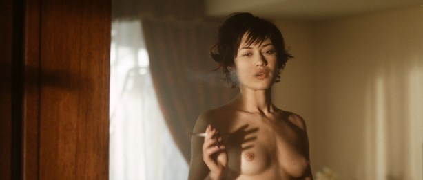 Olga Kurylenko nude full frontal and very hot - Hitman (2007) hd1080p (6)