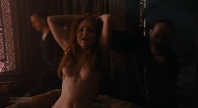 Carice van Houten nude topless and Emilia Clarke hot not nude - Game of Thrones (2015) s5e4 hd720/1080p (23)