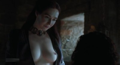 Carice van Houten nude topless and Emilia Clarke hot not nude - Game of Thrones (2015) s5e4 hd720/1080p (20)