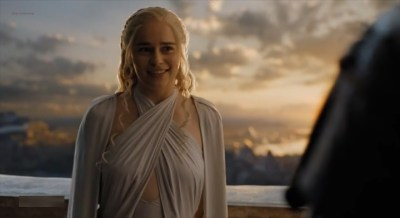 Carice van Houten nude topless and Emilia Clarke hot not nude - Game of Thrones (2015) s5e4 hd720/1080p (27)