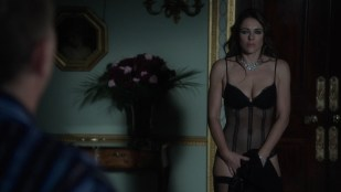 Elizabeth Hurley hot sexy in lingerie - The Royals (2015) s1e1-e5 hd1080p