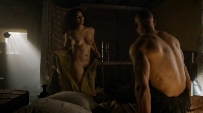 Meena Rayann nude full frontal and Emilia Clarke not nude but hot - Game of Thrones (2015) s5e1 hd1080p (6)
