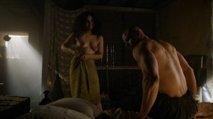 Meena Rayann nude full frontal and Emilia Clarke not nude but hot - Game of Thrones (2015) s5e1 hd1080p (4)