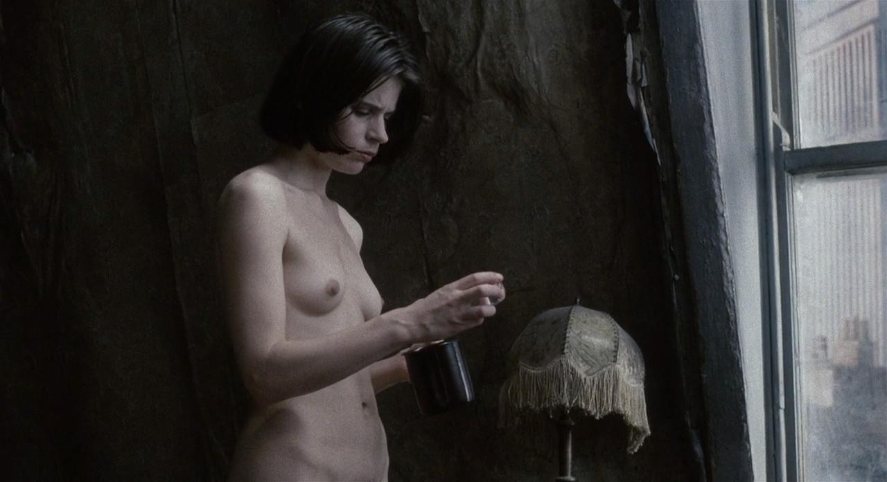 Suzanna hamilton nude