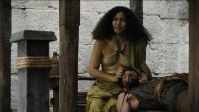 Carice van Houten nude topless and Emilia Clarke hot not nude - Game of Thrones (2015) s5e4 hd720/1080p (7)