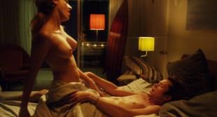Chloe Bridges hot bikini Jillian Murray hot Mindy Robinson nude - Mantervention (2014) HD 1080p