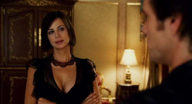 Jennifer Aniston hot and sexy Catherine Bell hot huge cleavage - Bruce Almighty (2003) hd1080p (16)