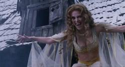 Kate Beckinsale hot sexy Elena Anaya hot cleavage Josie Maran hot - Van Helsing (2004) hd1080p (2)