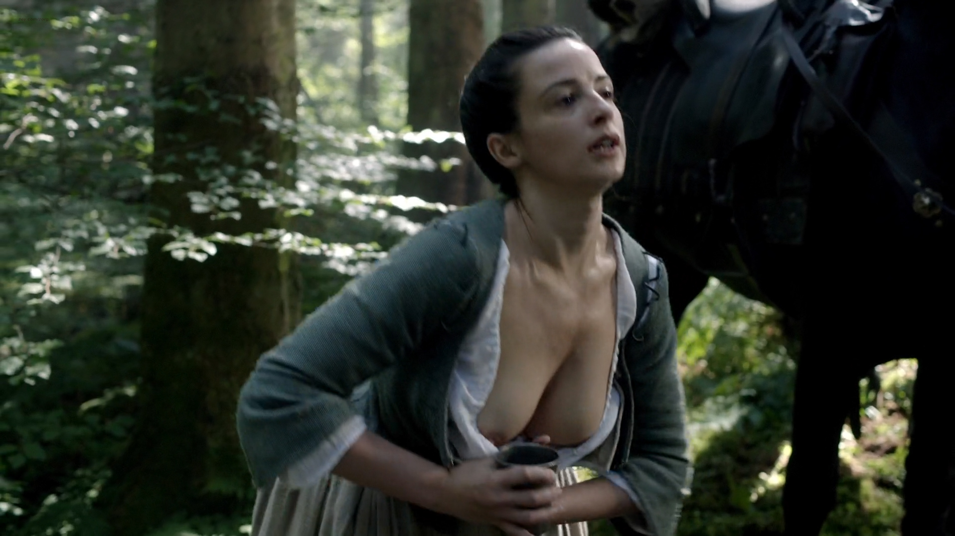 Laura Donnelly nude topless milking herself - Outlander (2015) s1e14 hd720-1080p (2)
