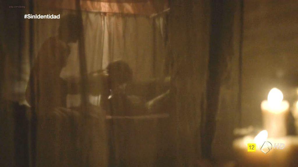 Megan Montaner nude sex and Veronica Sanchez nude too - Sin Identidad (ES-2014) S1 HDTV 720p (16)