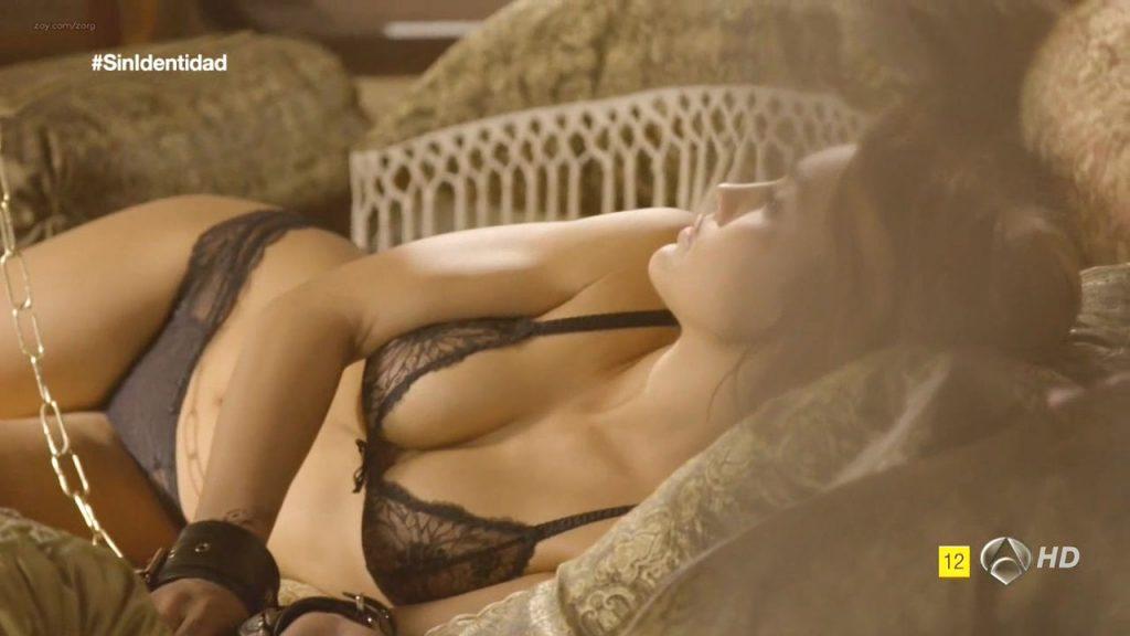Megan Montaner nude sex and Veronica Sanchez nude too - Sin Identidad (ES-2014) S1 HDTV 720p (14)
