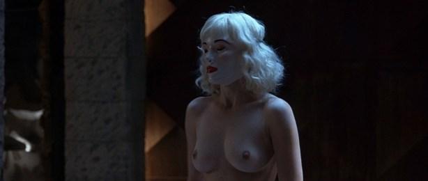 Kseniya Rappoport nude full frontal and Claudia Gerini nude full frontal too- La sconosciuta (IT-2006) hd1080p (11)