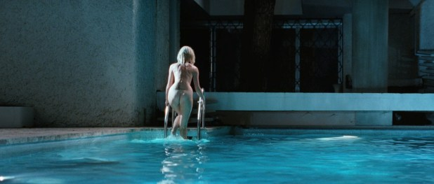 Louise Bourgoin nude butt skinny dipping and Pauline Étienne nude sex - L'Autre Monde (FR-2010) BluRay hd1080p (13)