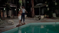 Beverly D'Angelo nude topless and Christie Brinkley hot in bra - National Lampoons Vacation (1983) hd1080p BluRay (1)